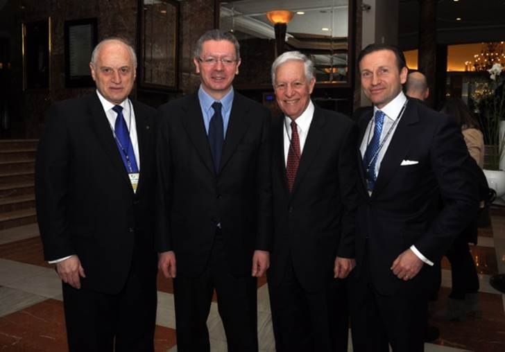 Left to right, Malcolm Hoenlein, Executive Vice Chairman, Conference of Presidents of Major American Jewish Organizations, Spanish Minister of Justice, Alberto Ruiz Gallardon¸ Robert Sugarman, Chairman, Conference of Presidents of Major American Jewish Organizations, David Hatchwell Altaras, President of the Madrid Jewish Community.